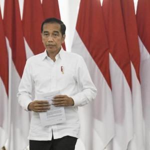 Viral Mobil RI 1 Jokowi Bagikan Sembako dari Mobil di Jalanan, Aksinya Tuai Pro Kontra!