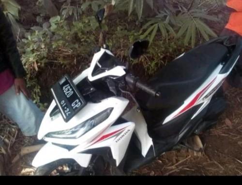 Motor korban yang ditemukan warga di rerumpunan bambu (Ist)