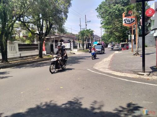 Lokasi kejadian penjambretan yang menimpa ibu-ibu yang akan berbelanja (Anggara Sudiongko/MalangTIMES)