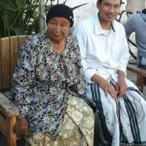 BREAKING NEWS Ibunda Gus Baha Berpulang ke Rahmatullah