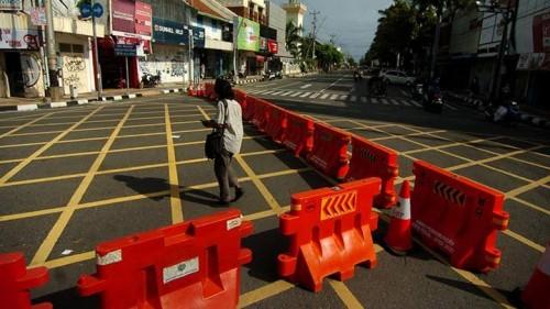Penutupan akses jalan protokol yang terdapa di sejumlah daerah. (Foto: Istimewa)
