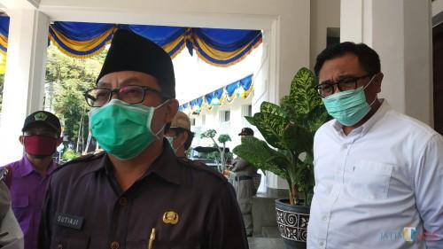 Wali Kota Malang Sutiaji (kiri) didampingi Wakil Wali Kota Malang Sofyan Edi Jarwoko (kanan) (Pipit Anggraeni/MalangTIMES).