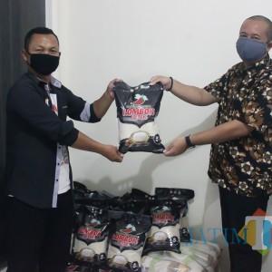 Jauh-Jauh Dari Sidoarjo, Ini Donatur Pertama yang Salurkan Bantuan Lewat MalangTIMES