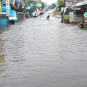 Beberapa Jam Diguyur Hujan Lebat, Kota Batu Dilanda Banjir