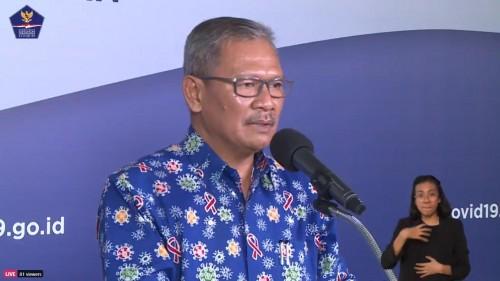 Jubir Pemerintah Penanganan Covid-19 Achmad Yurianto saat mengenakan batik bertema Covid-19 yang bikin salfok Netizen. (Foto: Istimewa)