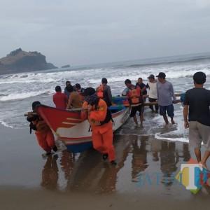 Cuaca Buruk, 3 Pemancing Terjebak di Pulau Rowo Blitar