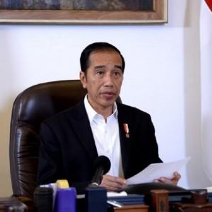 Viral Sayembara Temukan Foto Wisuda Jokowi di UGM, Gibran Rakabuming Hadiahkan Ini