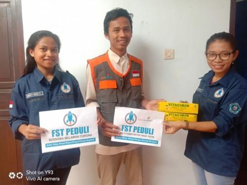 Usai Masker dan Vitamin, Senat Mahasiswa Saintek Unikama Bagikan Sembako di 7 Kecamatan