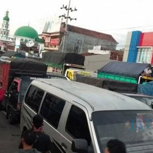Sempat Aksi dan Buat Kemacetan Parah, Sopir Jawa-Bali Akhirnya Boleh Nyebrang Ke Bali