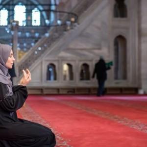 5 Rekomendasi Kajian Agama Virtual, Bikin Ramadan di Rumah Aja Makin Berkualitas