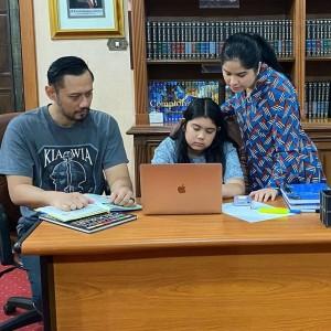 Saat Annisa Pohan Ngadu ke Jokowi Gegara Tugas Sekolah Putrinya Dipolitisasi Denny Siregar