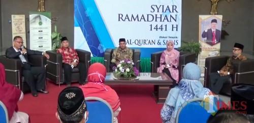 """Diskusi tematik """"Al-Qur'an dan Manajemen"""" dalam acara Syiar Ramadhan 1441 H UIN Malang. (Foto: istimewa)"""