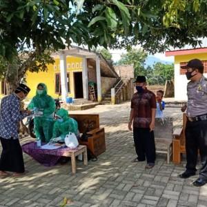 Screening Kepulangan Santri Pondok Pesantren Roudhlotul Muta'alimin