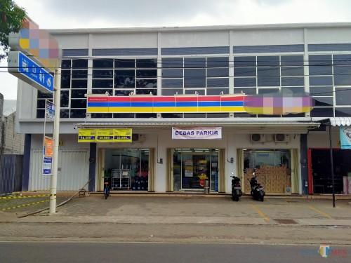 Lokasi toko moderen yang diduga dibobol maling (Anggara Sudiongko/ MalangTIMES)