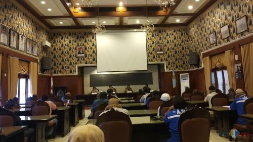 Audiensi Wali Kota Malang Sutiaji didampingi Wakil Wali Kota Malang Sofyan Edi Jarwoko dan Sekda Kota Malang Wasto bersama anggota organda (Pipit Anggraeni/MalangTIMES).
