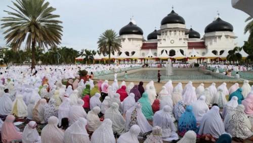Salat Idul Fitri (Foto:   Bincang Syariah)