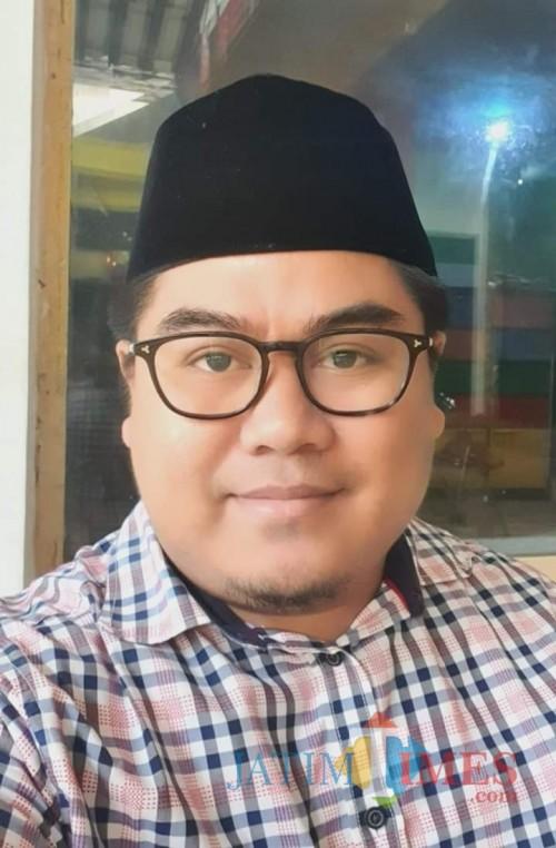Agus Setiawan, SE, Pengusaha dan pengamat ekonomi asal Lumajang (Foto : Moch. R. Abdul Fatah / Jatim TIMES)
