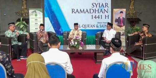 """Diskusi tematik """"Al-Qur'an dan Nuzulul Qur'an"""" dalam acara Syiar Ramadan 1441 H UIN Malang. (Foto: istimewa)"""