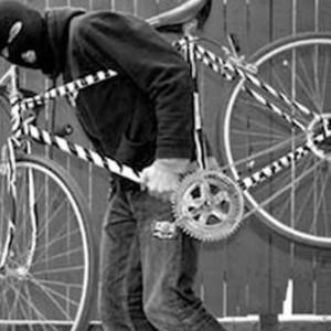 Hati-Hati Parkir Sepeda Branded, Maling Ngerti Sepeda Mahal