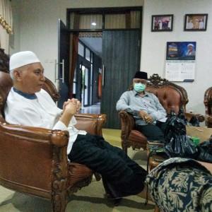 Gabungkan Sains dan Islam, NU Kota Malang Susun Buku Panduan Hidup di Tengah Wabah