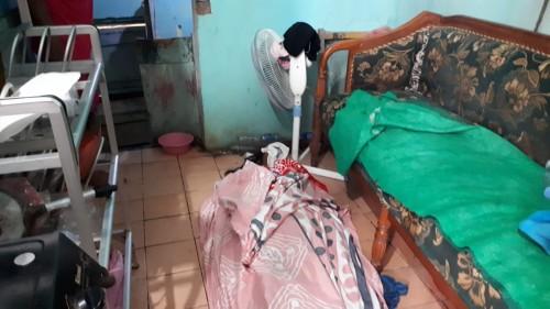 Kondisi jasad korban yang sudah terbujur kaku di rumah Tumi (Ist)