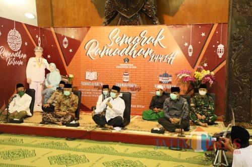 Peringatan Nuzulul Quran dan buka puasa bersama di Pendopo RHN Blitar.(Foto : Aunur Rofiq/BlitarTIMES)