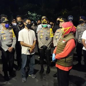 Tak Dapat Bantuan Makanan, Warga ODP dan PDP Kedung Baruk Kena Prank Pemkot Surabaya?