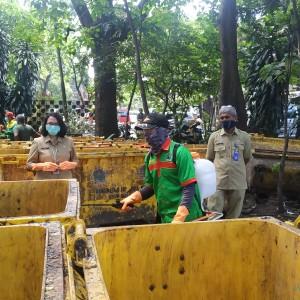 Tetap di Lapangan, DLH Kota Malang Ingatkan Petugas Kebersihan Untuk Jaga Diri