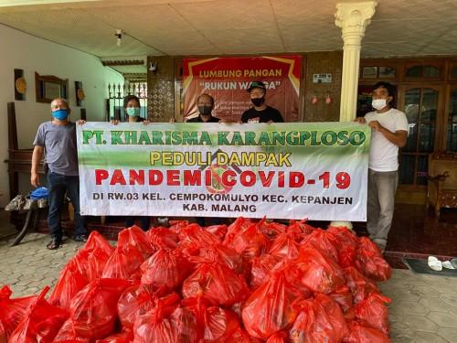 Di Tengah Keterbatasan karena Covid 19, Tri Wediyanto Konsisten Berbagi