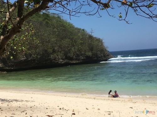 Salah satu objek wisata pantai yang ada di Kabupaten Malang (Foto : Dokumen MalangTIMES)