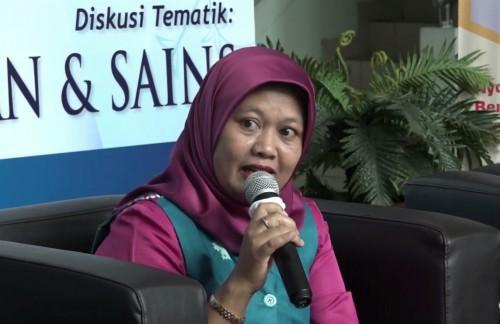 Dosen Fakultas Syariah sekaligus Direktur Pascasarjana UIN Malang Prof Dr Umi Sumbulah MAg. (Foto istimewa)
