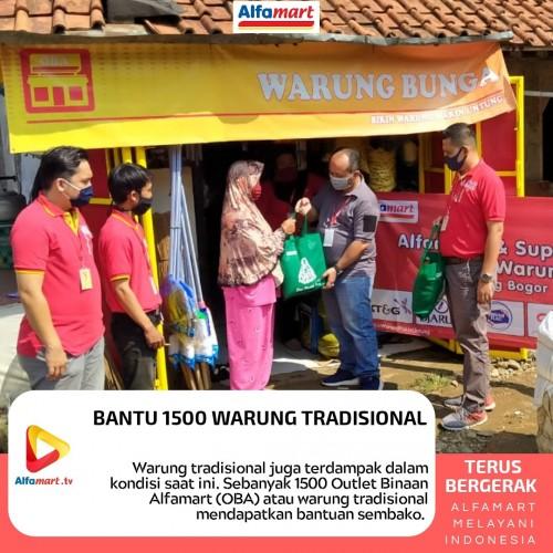 Alfamart Salurkan Paket Sembako Kepada 1.500 Pedagang Warung Tradisional OBA