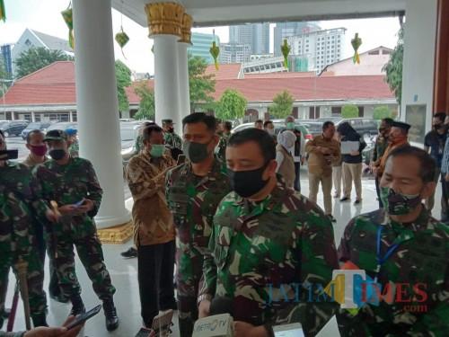 Ikuti Instruksi Presiden, Panglima TNI Utus Wakil Tangani Covid-19 di Jatim