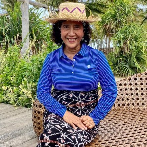 Jadi Ciri Khas saat Jadi Menteri, Susi Pudjiastuti Jual Kaus Bertuliskan 'Tenggelamkan'