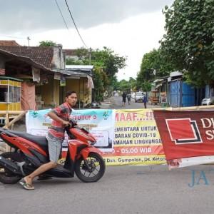 Penutupan Jalan Oleh Warga, Bupati Tulungagung: Berlebihan!