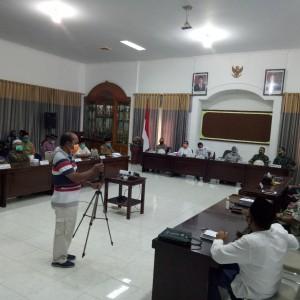 Bupati Lumajang Gelar Rapat Untuk Tentukan Kembalinya Santri ke Pesantren