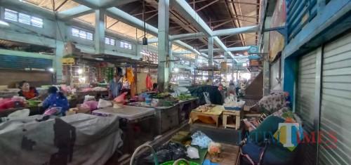 Jember Mulai Buka Pasar Tradisional, Pedagang-Pembeli Diminta Patuh Protokol Kesehatan
