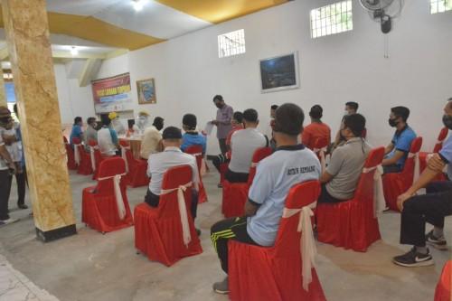 117 Pegawai Lapas Klas 1 Malang Jalani Rapid Test