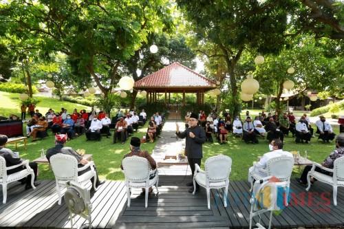 Suasana Pertemuan Bupati Banyuwangi Dengan Tokoh Lintas Agama di Pendopo Sabha Swagatha Blambangan Banyuwangi (Nurhadi/BanyuwangiTIMES)