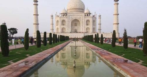 India Utara Diterjang Hujan Badai, Bangunan Taj Mahal Rusak