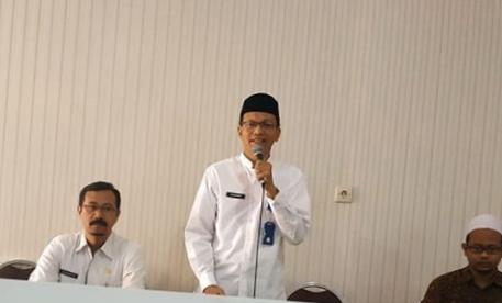 Kepala Kemenag Kota Batu Drs Nawawi ( Foto : Istimewa )