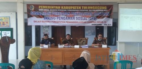 Kegiatan sosialisasi JPS di Kantor Desa Pulosari Kecamatan Ngunut / Foto : Anang Basso / Tulungagung TIMES