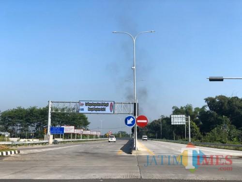 Kondisi ruas tol seksi V Pakis-Malang yang akan secara resmi diberlakukam mulai Sabtu (6/6/2020). (Foto: Arifina Cahyati Firdausi/MalangTimes)