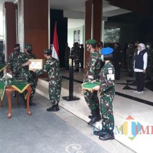 Jadi Pusat Episentrum Covid-19, 30 Tenaga Kesehatan Mabes TNI Diterjunkan ke Surabaya
