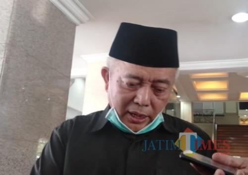 Bupati Malang HM Sanusi saat menjelaskan klaster covid-19 di RS Prima Husada