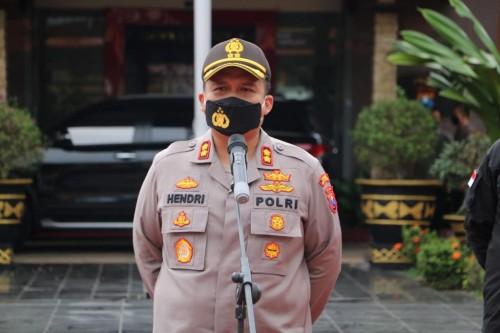 Kapolres Malang, AKBP Hendri Umar saat menjelaskan pengamanan tahapan kampanye saat pandemi covid-19