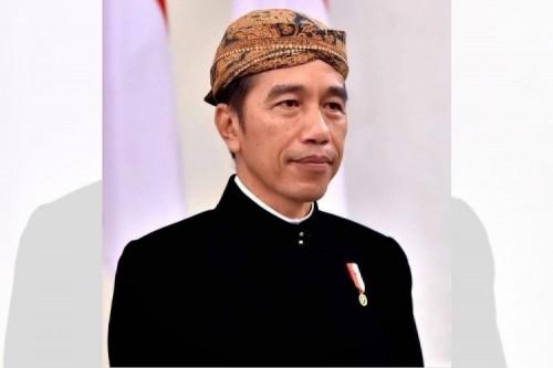 Harga BBM Tak Kunjung Turun, Presiden Joko Widodo Disomasi Koalisi Masyarakat