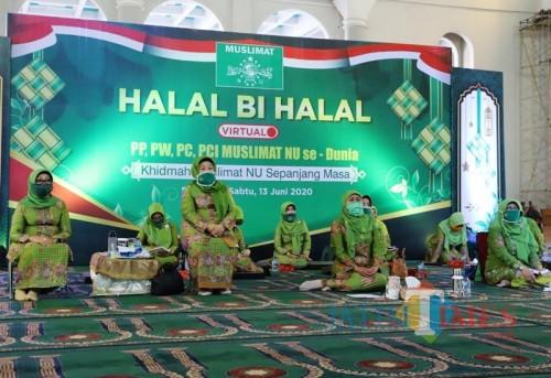 Halal bi Halal Virtual Muslimat, Khofifah: Kita Dipaksa oleh Covid-19 Masuk Industri 4.0
