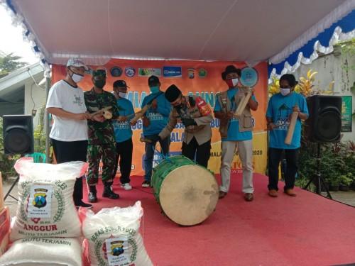 Kapolresta Malang Kota saat me-launching kampung tangguh di Vila Bukit Tidar. (Ist)