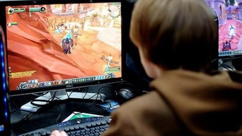 Ilustrasi saat tengah asik bermain game online di warnet (istimewa)